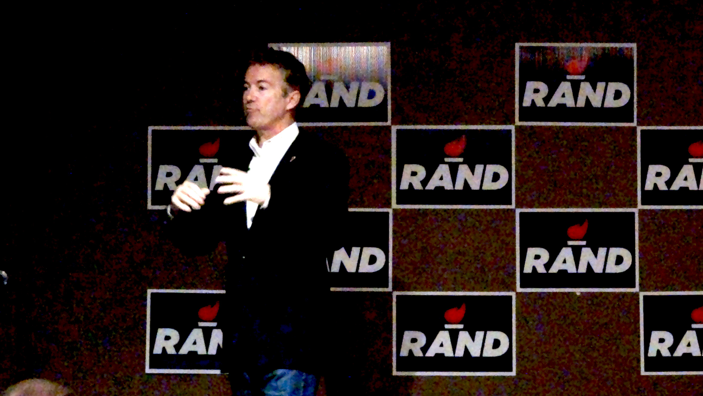 Rand Paul make stump speech in Rochester Minnesota. -photo by Jeremy Griffith